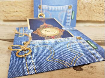 Invitatie nunta model jeans si verighete cod 2762